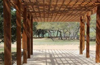 La pergola en bois, la touche naturelle de votre espace extérieur